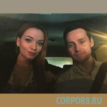 Саша и Маша солисты кавер-группы «Гуашь» кавер-группа на корпоратив